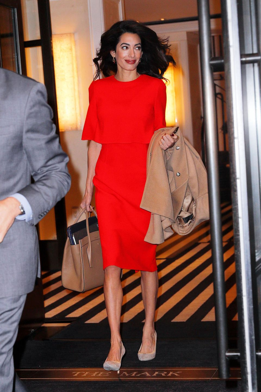 Platz da, hier kommt Amal! Mit diesem Look zieht Mrs. Clooney in New York alle Blicke auf sich.