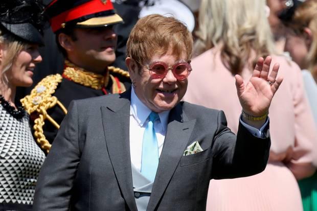 Elton John zählt seit Jahren zu einem der engsten Vertrauten des britischenKönigshauses.