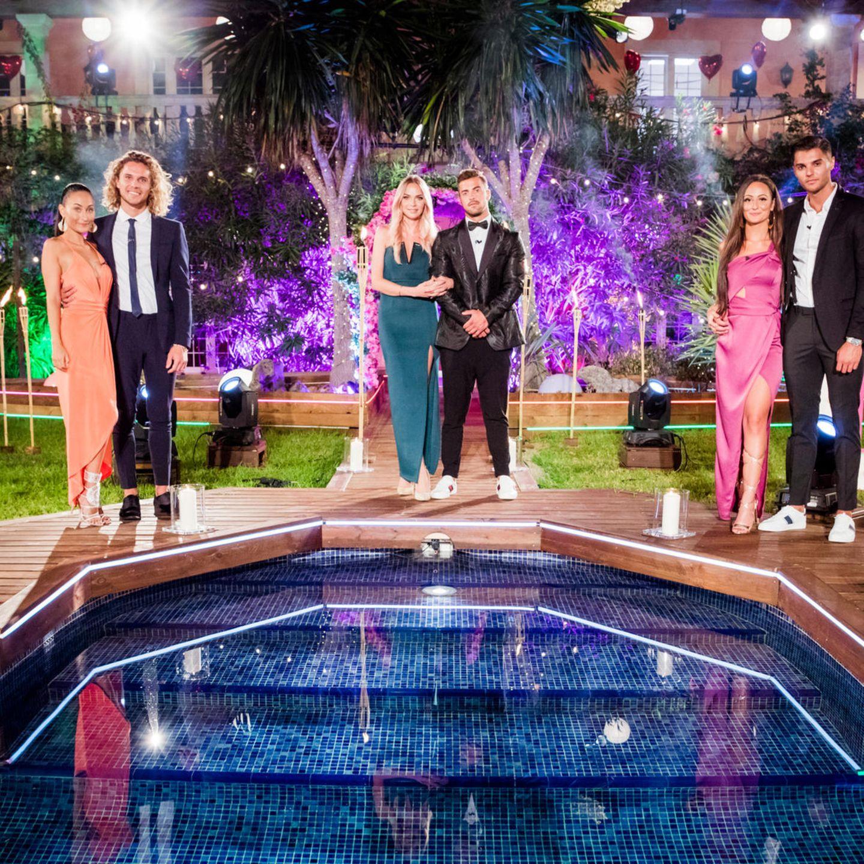 """Die Finalisten-Paare von """"Love Island"""" 2018 (v.l.n.r.): Joana und Viktor, Natascha und Tobi sowie Tracy und Marcellino"""
