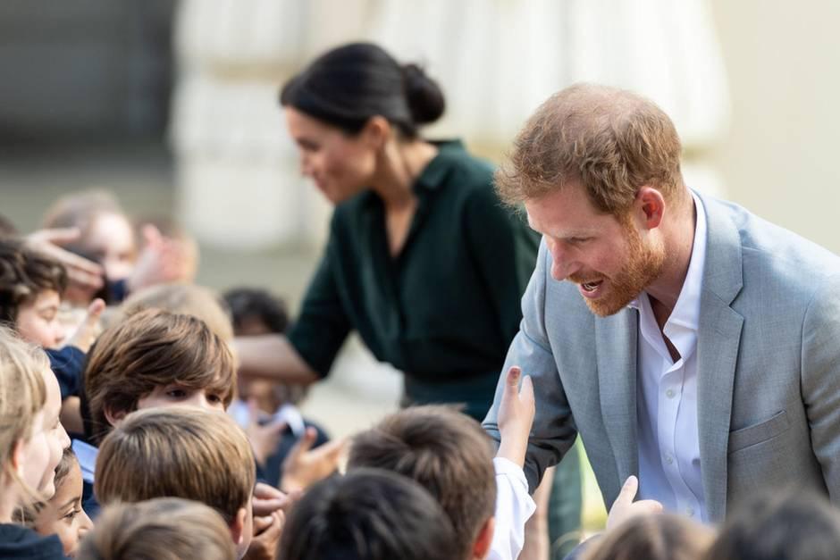 Herzogin Meghan und Prinz Harry auf royalem Besuch in Sussex