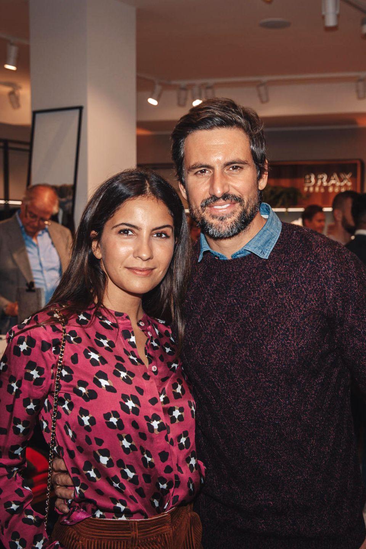 4. Oktober 2018   Ihr erster Auftritt nach der Traumhochzeit: Tom Beck und Ehefrau Chryssanthi Kavazi beimBRAX-Store Opening in Berlin.