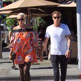 5. Oktober 2018  Hand in Hand wird Brigitte Nielsen unterwegs mit Sohn Killian gesichtet.