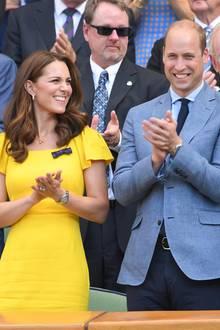 """Das funktioniert auch bei Herzogin Catherine und Prinz William. Der Duke und die Duchess of Cambridge heißen intern zum Beispiel """"Danny Collins""""und """"Daphne Clark""""."""