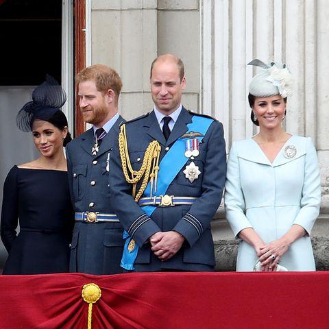 Herzogin Meghan, Prinz Harry, Prinz William + Herzogin Catherine
