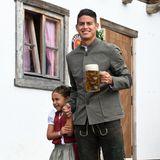 James Rodriguez hat seine niedliche Tochter Salome mit aufs Oktoberfest gebracht.