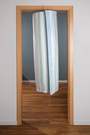 die h hle der l wen trockenfix im test. Black Bedroom Furniture Sets. Home Design Ideas