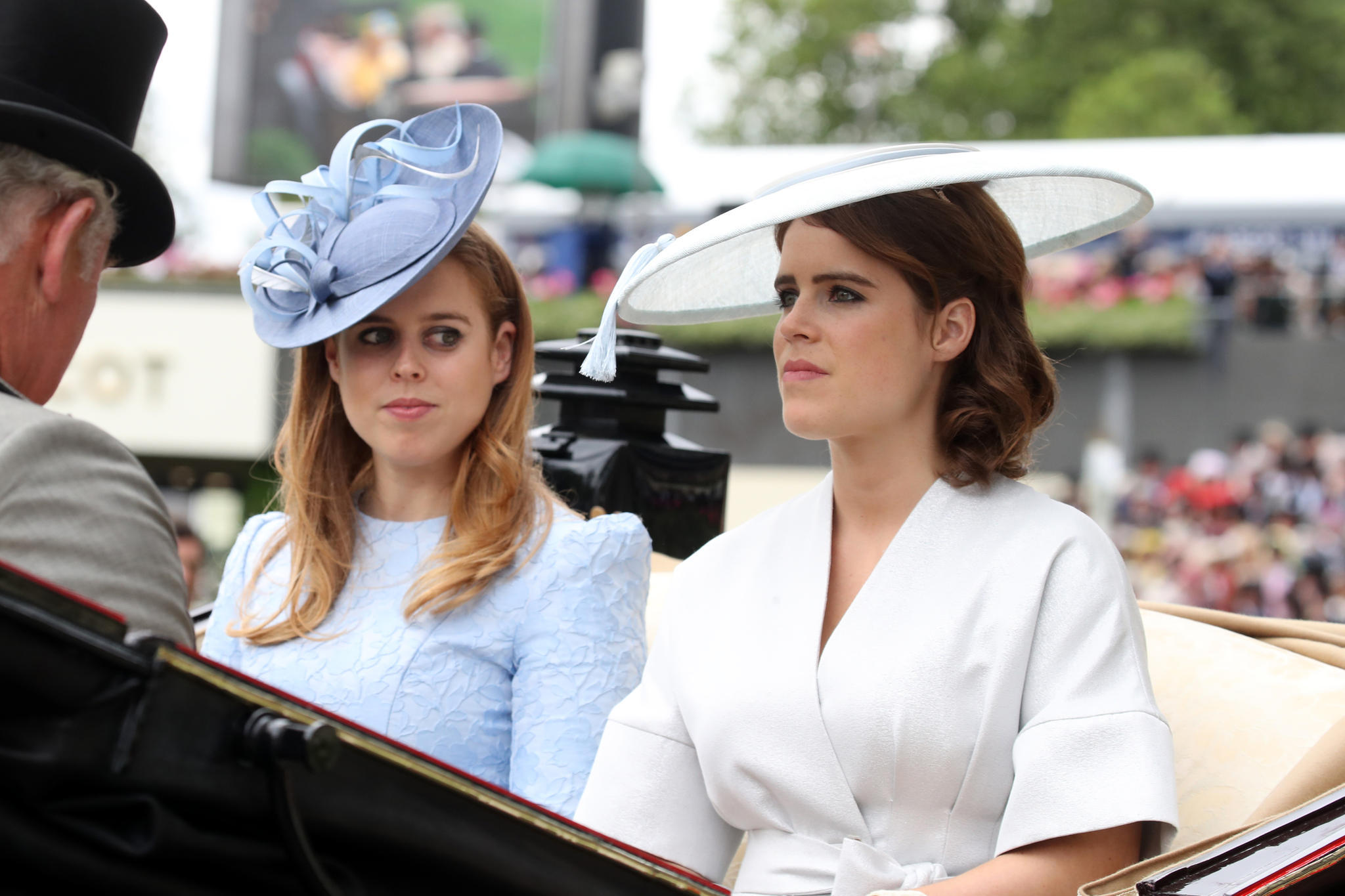 Prinzessin Beatrice + Prinzessin Eugenie