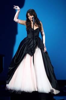 Camila Cabello bei den American Music Awards 2018