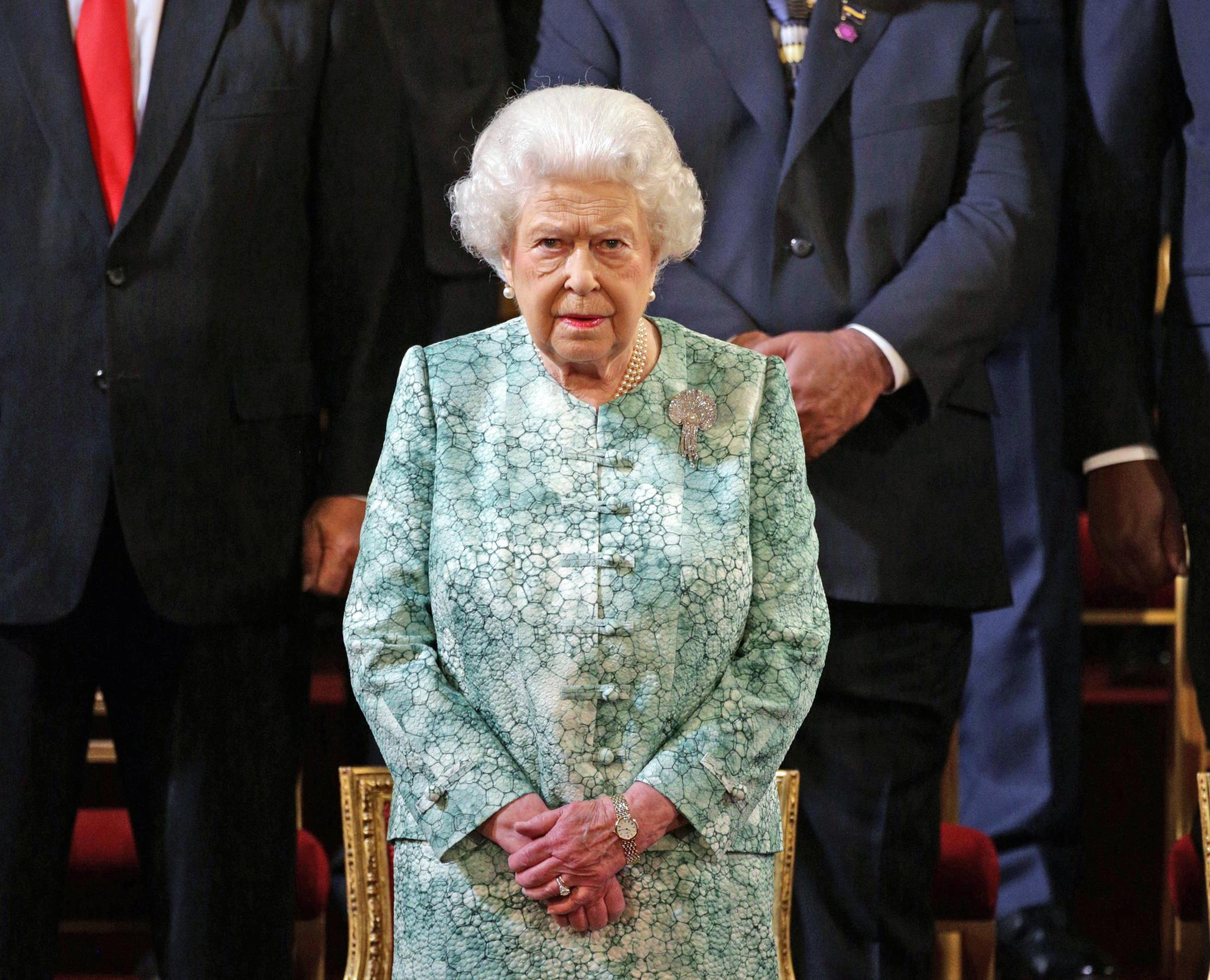Queen Elizabeth muss nach mehr als 60 Jahren ihre Privaträume im Buckingham Palast räumen