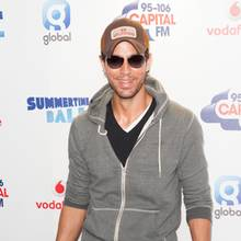 Enrique Iglesias äußert sich nur selten zu privaten Details mit Ex-Tennisspielerin Anna Kournikova