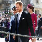 Bei Meghan, Harry unn Catherine jubelt die Menge vor der Kapelle von Schloss Windsor besonders laut.