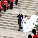 Und das Brautpaar strahlt immer noch überglücklich.