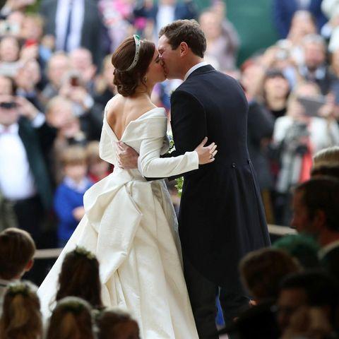 Auf diesen Moment haben alle gewartet: Eugenies und Jacks erster Hochzeitskuss!