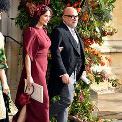 Der Auftritt von Demi Moore ist für viele eine Überraschung. Die Schauspielerin ist eine langjährige Freundin von Brautmutter Sarah Ferguson.