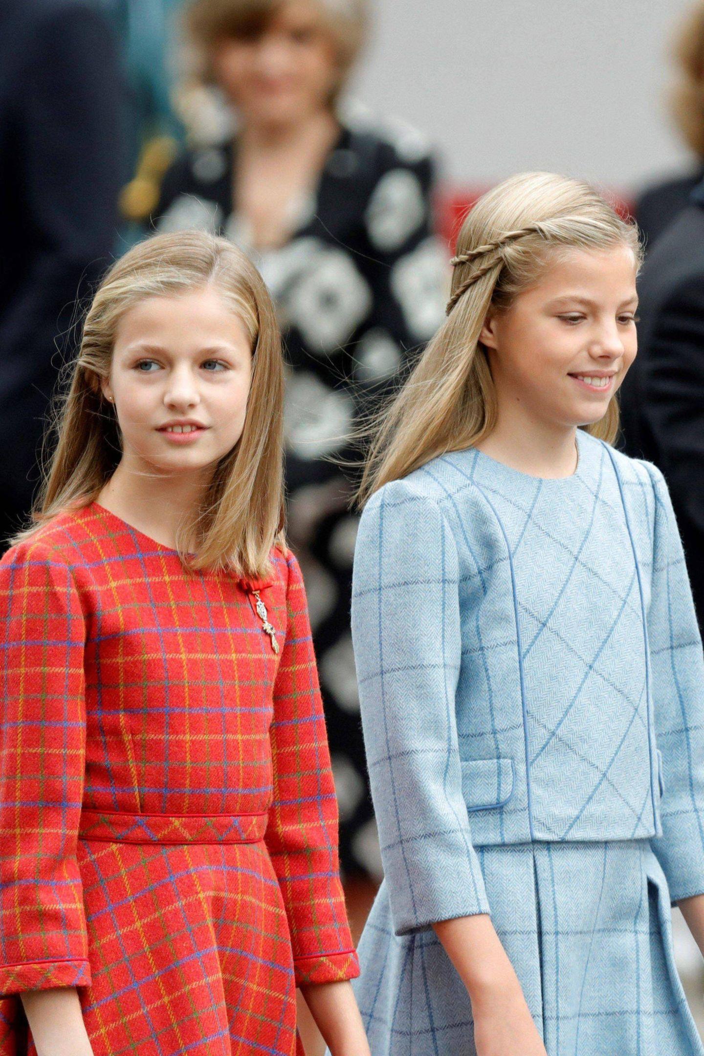 12. Oktober 2018  Sie wachsen zu echten Schönheiten heran: Prinzessin Leonor (li.) und ihre Schwester Prinzessin Sofia.