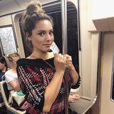 Kelly Brook nimmt zu einem Date einfach mal die U-Bahn. So richtig wohl scheint sich die britische Schauspielerin jedoch nicht zu fühlen. Etwas unsicher schaut sie schon.