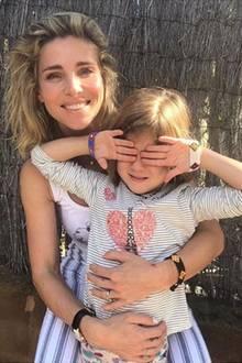 11. Oktober 2018  Auf Instagram postet Model Elsa Pataky ein Foto von ihr und Tochter India Rose zum Weltmädchentag und machtauf die schwierige Situation von Mädchen in vielen Ländern der Welt aufmerksam.