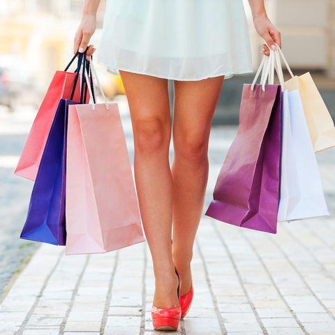 Unglaublich: Arbeitslose Frau shoppt für 18 Millionen Euro - jetzt droht Ärger