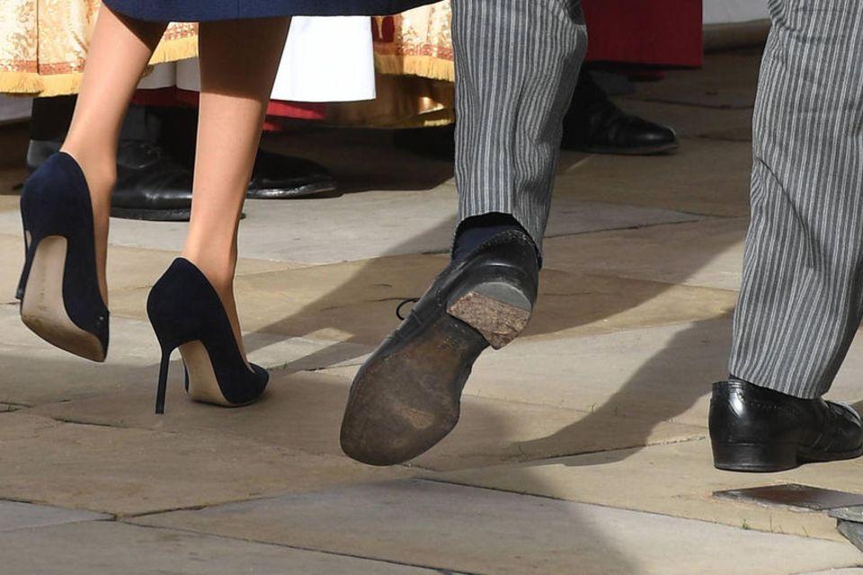 Ein Besuch beim Schuster würden Prinz Harrys Schuhe sicherlich nicht schaden.