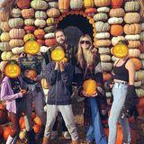 Heidi Klum und Halloween -das gehört zusammen wie Rheinland und Karneval. Doch für die Entertainerin geht es in dieser Jahreszeit nicht etwa nur darum, das Überraschungskostüm für ihre legendäre Halloween-Party in New York fertigzustellen. Auch privat ist alles auf Orange, Kürbis und Grusel eingestellt.