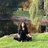 13. Oktober 2018  Salma Hayek nimmt sich eine Auszeit bei Meditation in der Natur. Mit der Natur im Einklang kann die Schauspielerin so richtig entspannen.