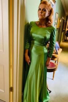 Sarah Ferguson, die Brautmutter, zeigt auf Instagram ihr Kleid für die Abendveranstaltung der Hochzeit ihrer Tochter Prinzessin Eugenie. Schon tagsüber hatte sie sich für Grün entschieden.