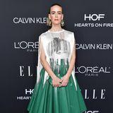 Fransen treffen Leder: Sarah Paulson zeigt sich superstylisch im Calvin-Klein-Dress.