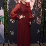 "Molly Sims bringt Retro-Glamour in Rostrot auf die ""Women in Hollywood""-Gala."