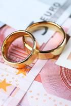 Liebe und Geld passenja bekanntlich nicht immer zusammen ...