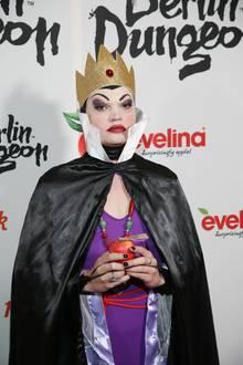 Wilson Gonzalez Ochsenknecht mimt die böse Königin.