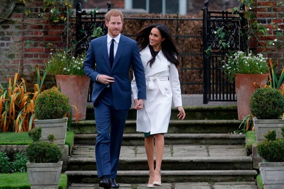 Prinz Harry und Herzogin Meghan auf dem Gelände des Kensington Palastes, ihrem derzeitigen Wohnort