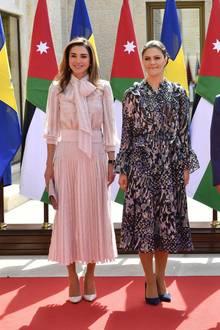 17. Oktober 2018  Beim Empfang durch den jordanischen König Abdullah und Königin Rania strahlt das schwedische Kronprinzenpaar mit der Sonne um die Wette.