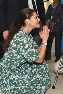 17. Oktober 2018  Prinzessin Victoria bei ihrem Besuch einer Einrichtung für körperlich behinderte Menschen. Die Kronprinzessin nimmt sich bei diesem Termin viel Zeit für die kleinen Patienten.