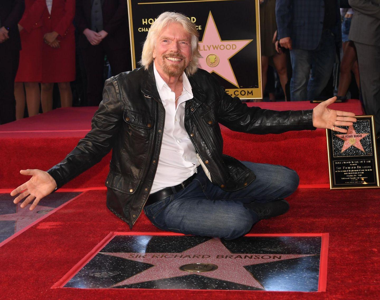 16. Oktober 2018  Sir Richard Branson ist mächtig stolz auf seinen Stern auf dem Walk of Fame.