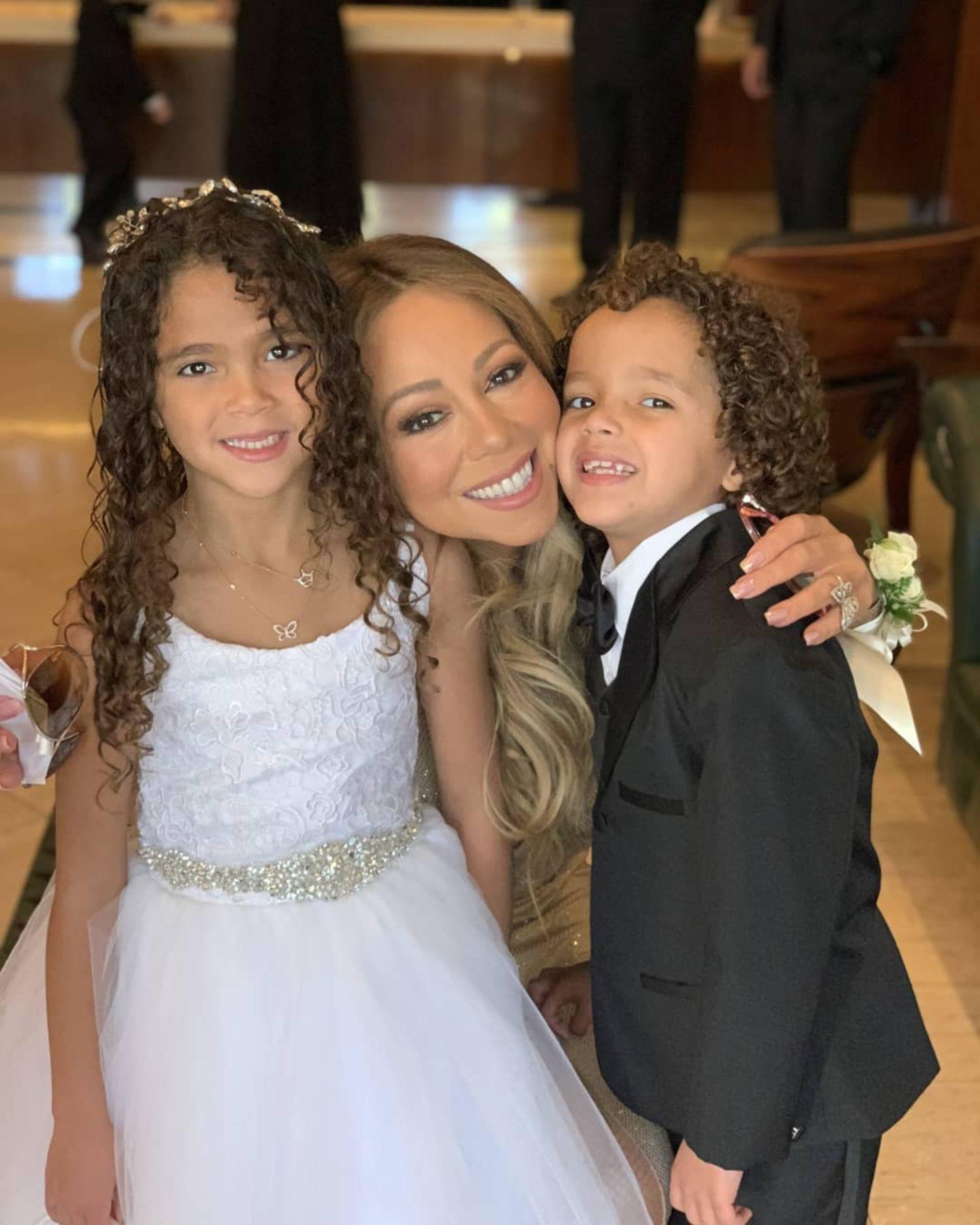 Für eine Feier eines Freundes haben sich Mariah Carey und ihre Zwillinge Morrocan und Monroe so richtig herausgeputzt.