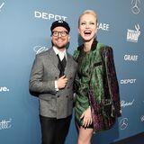 Beim Anblick vonFranziska Knuppes Glamour-Style in Grün kriegen nicht nur das Model selbst und Stylist Armin Morbach gute Laune, sondern auch wir.