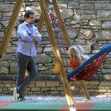 30. September 2018  Michelle Hunziker und Tomaso Trussardi sind mit den Töchtern Celeste und Sole auf einem Spielplatz in Mailand.