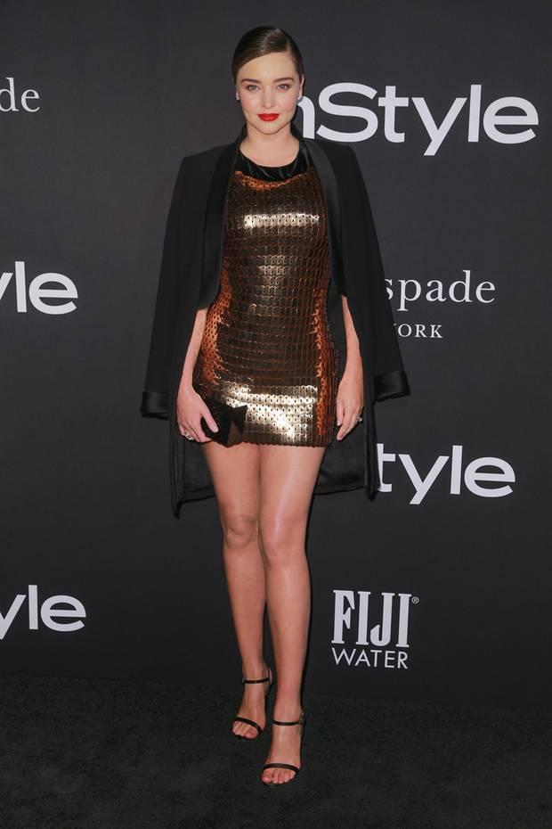 c4bcb9037b Topmodel Miranda Kerr weiß wie es geht: Da sie bei ihrem ultraknappen  Mini-Kleid