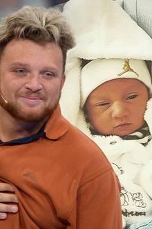 """Djievess-Josue   """"Darf ich vorstellen Djievess-Josue Fröhlich"""", postetEx-DSDS-Kandidat Menowin Fröhlich zu dem süßen Foto.Dieser sehr ungewöhnliche Name lässt zunächst nicht darauf schließen, ob das Baby ein Mädchen oder Junge ist. Djivess ist allerdings ein häufiger hebräischer Jungenname."""