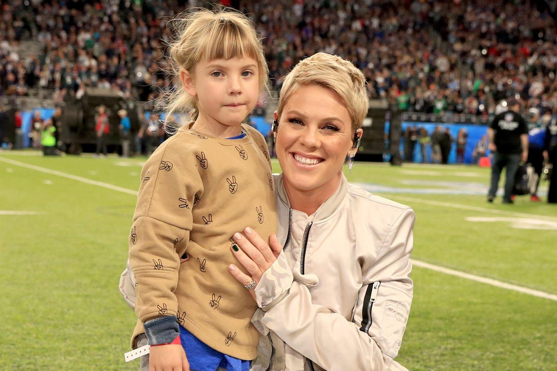 Pink mit ihrer Tochter Willow Sage Hart