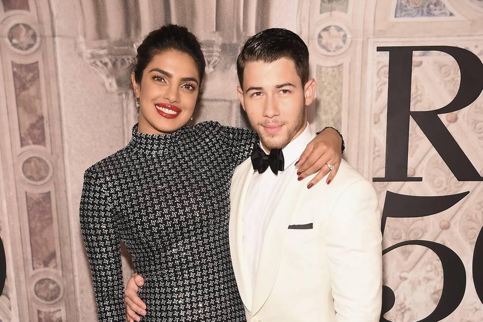 Priyanka Chopra Nick Jonas Im Dezember Sagen Sie Ja Gala De