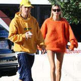 Die Storchenbeine gehören Hailey Baldwin. In West Hollywood erwischen Paparazzi sie und ihren Liebsten Justin Bieber auf demParkplatz eines Coffee Shops. Und Einesfällt auf den Schnappschüssen besonders auf: Haileys dünnen Beine. Ihre ultrakurzen Jeans-Shorts bringen ihre Beine besonders zur Geltung und betonen ihren schmalen Körper.