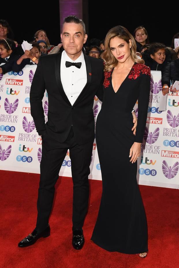 """29. Oktober 2018  Robbie Williams und Ehefrau Ayda Field versprühen Glamour auf dem Red Carpet der """"Pride of Britain Awards"""" imThe Grosvenor House Hotel in London."""