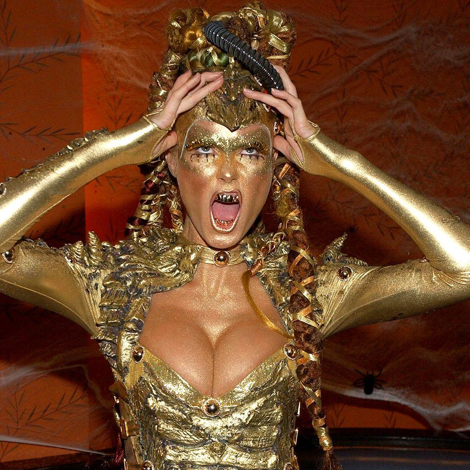 Heidi Klum als goldener Alien