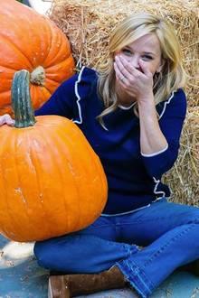 HollywoodstarReese Witherspoon und ihre große Liebe - naja, zur Halloweenzeit zumindest.