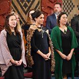 Tag 15  Die Te Papaiouru Marae, eineZeremonialstätte in Rotorua, wird offensichtlich nur barfuß betreten ...