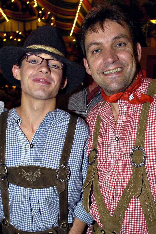 Daniel und Günther Küblböck auf dem Oktoberfest im Jahr 2004