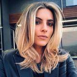 Ob sich jemand von ihrem neuen Haarschnitt angegriffen fühlt, fragt Sophia ihre Fans mit einem kleinen Seitenhieb auf ihre Hater. Wir zumindest nicht, der kürzere Stufenschnitt, gestylt von Jonathan Antin, steht ihr nämlich ganz hervorragend.