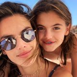 4. November 2018  Familie Ambrosio verlebt eine schöne Zeit am Strand von Mexiko. Alessandra schießt mit Tochter Anja ein Selfie für die Instagram-Fans.
