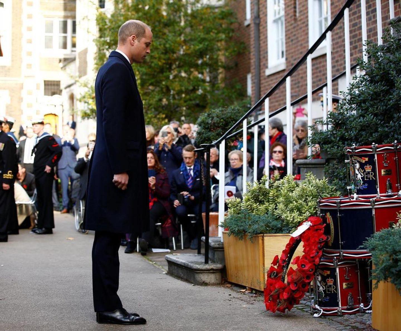 4. November 2018  Prinz William steht andächtig beim Gedenkgottesdienst und der Parade der Submariners in London.